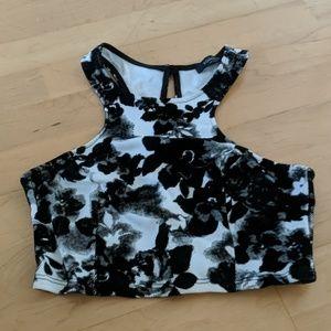 Solemio black and white crop top